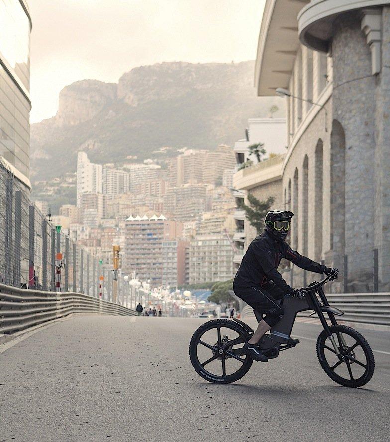 Das faltbare Luxus-E-Bike gibt es auch als City-Modell.