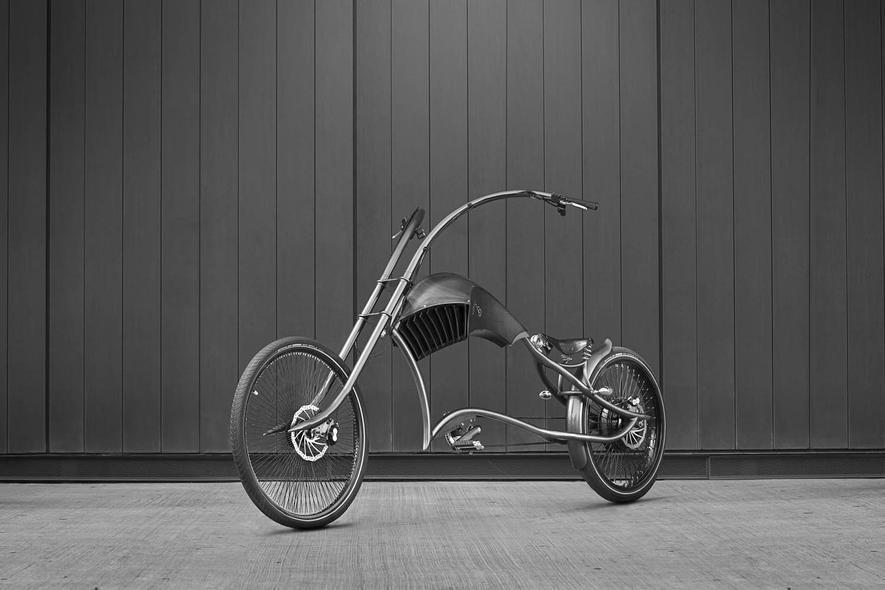 E-Bike Archont von Ono Bikes: Auch bei diesem drei Meter langen und edlen Fahrrad guckt jeder hin.