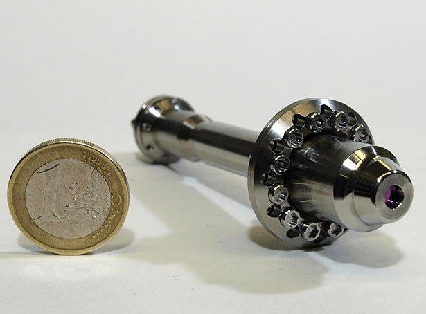 Der Laserkopf des Anaylsegeräts dürfte nicht viel größer werden als eine Euro-Münze. Auf dem Bild zu sehen ist ein Prototyp für die ESA-Raumsonde Exomars.