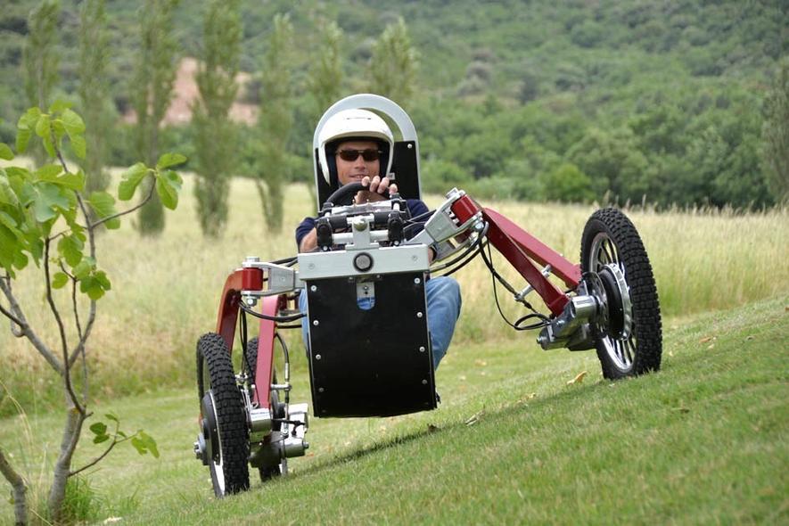 Das Elektroauto Swincar gleicht einer Spinne auf Rädern und ist besonders geländegängig.