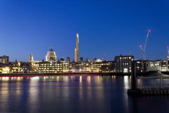 Überragend: Laut Plan ist das Holzhochhaus für Londonknapp doppelt so hoch wie die Türme des Kölner Doms.