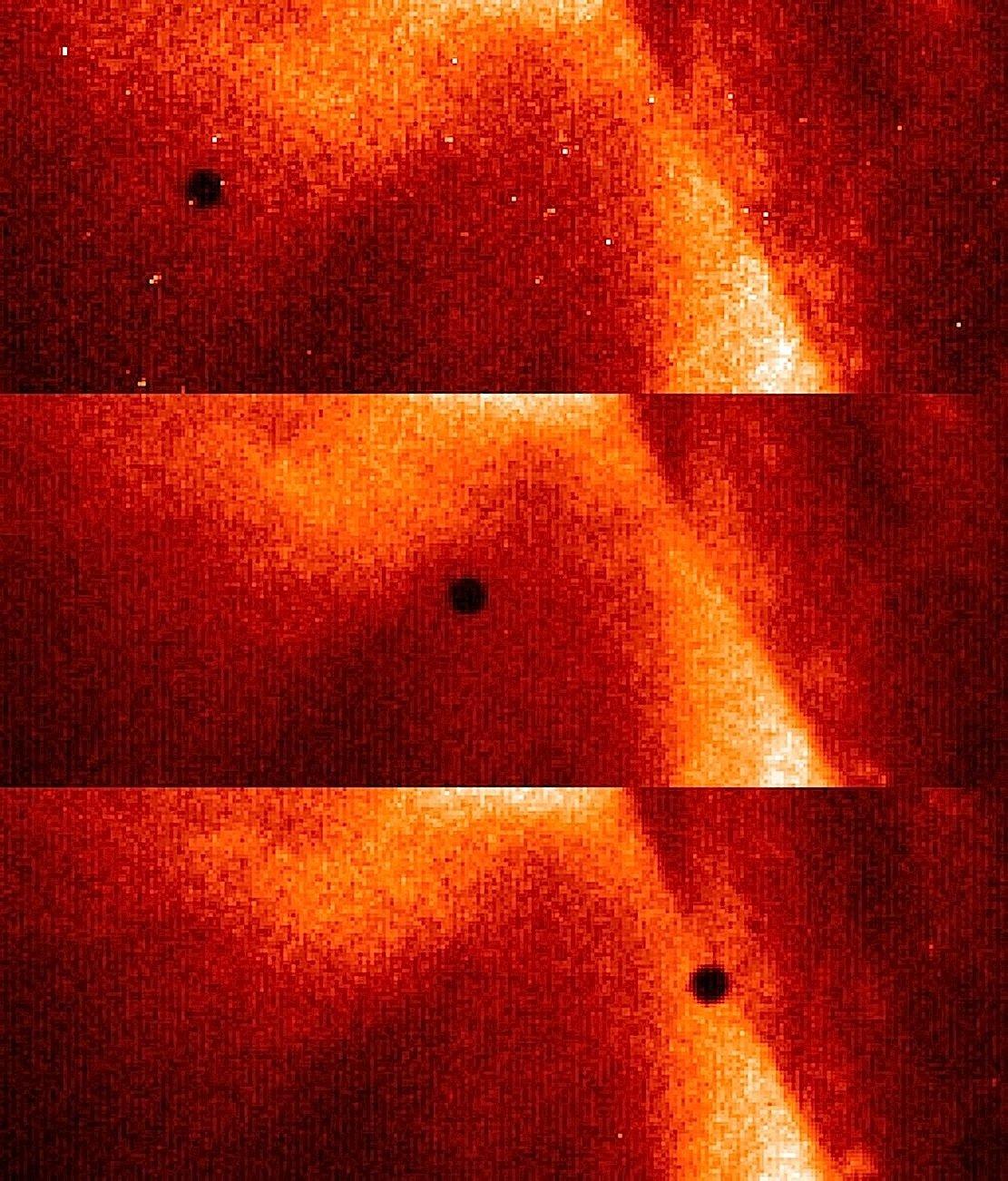Bilder des Merkurtransits im Jahr 2006 vor der Sonne.