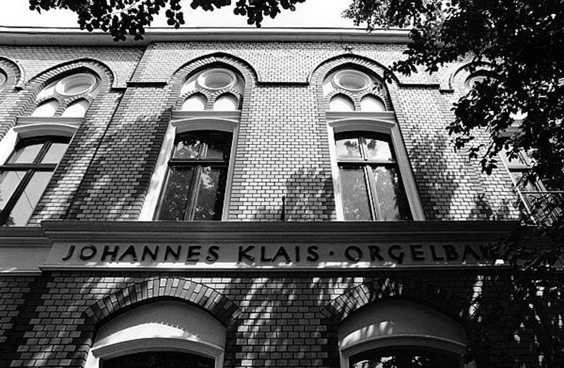 Seit 1882 arbeitet die Orgelbaufamilie Klais in Bonn ganz in der Nähe des Beethovenhauses. Die Orgeln werden zu den größten Konzerthäusern und Kirchen der Welt geliefert.