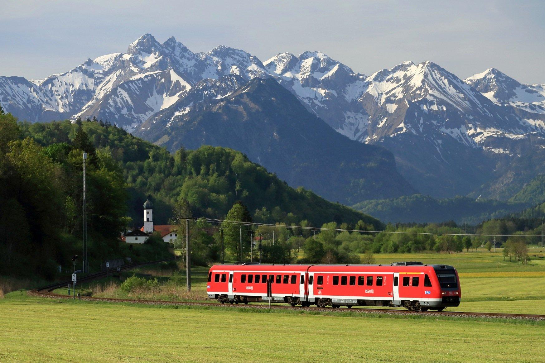 Bahnstrecken ohne Mischverkehr wie die eingleisige Regionalstrecke zwischen Oberstdorf und Ulm eignen sich am ehesten, um auch auf der Schiene das autonome Fahren einzuführen.