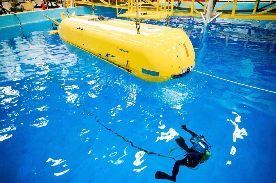 Mutterschiff LDUUV:Auf die Tests im Tauchbecken sollen im Sommer Tests im offenen Meer folgen.