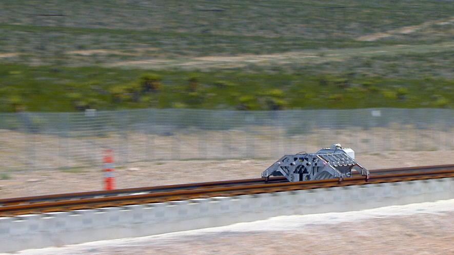 Hyperloop One testet Überschallzug in der Wüste Nevadas