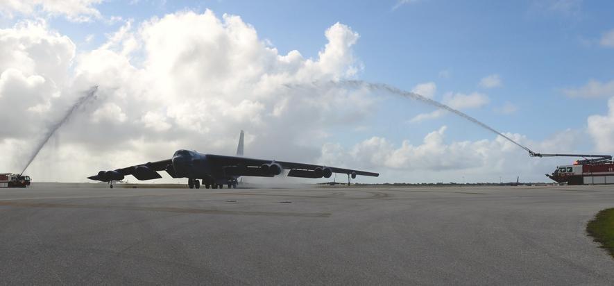 B-52-Bomber auf dem amerikanischen Luftwaffenstützpunkt auf Guam im Pazifik.