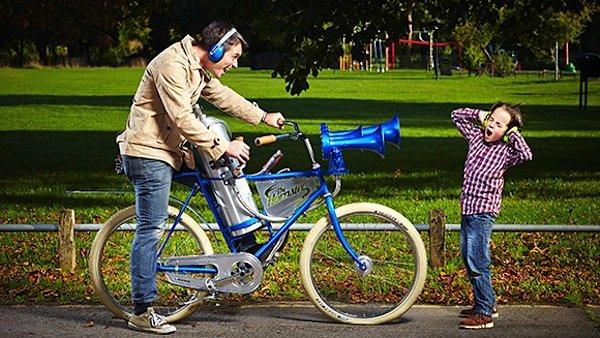 The Hornster: Die extreme Fahrradhupe schaffte es mit einem Schalldruckpegel von 178 Dezibel vor fünf Jahren ins Guinness-Buch der Rekorde.