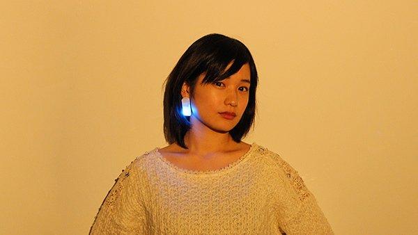 Ontenna muss nicht unbedingt in Form einer Haarspange daher kommen. Es gibt auch einen Prototypen des Geräts im Ohrring-Look.
