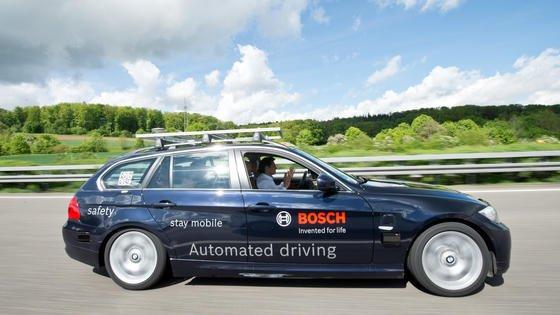 In Deutschland wird viel zum Thema autonomes Fahren geforscht und entwickelt. Die meisten Patente besitzt Bosch.
