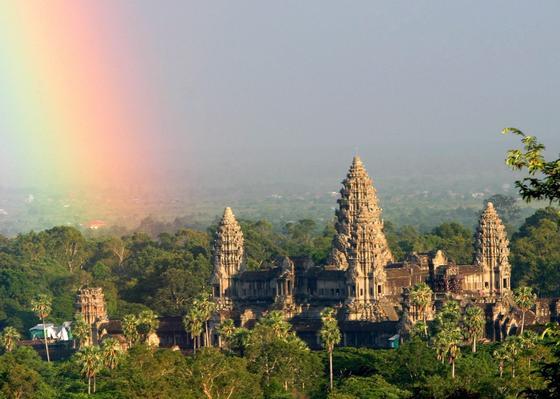 Die Tempelanlage von Angkor Wat in Kambodscha: Forscher haben mit modernster Lasertechnik neue, große Städte im dichten Regenwald von Kambodscha gefunden.