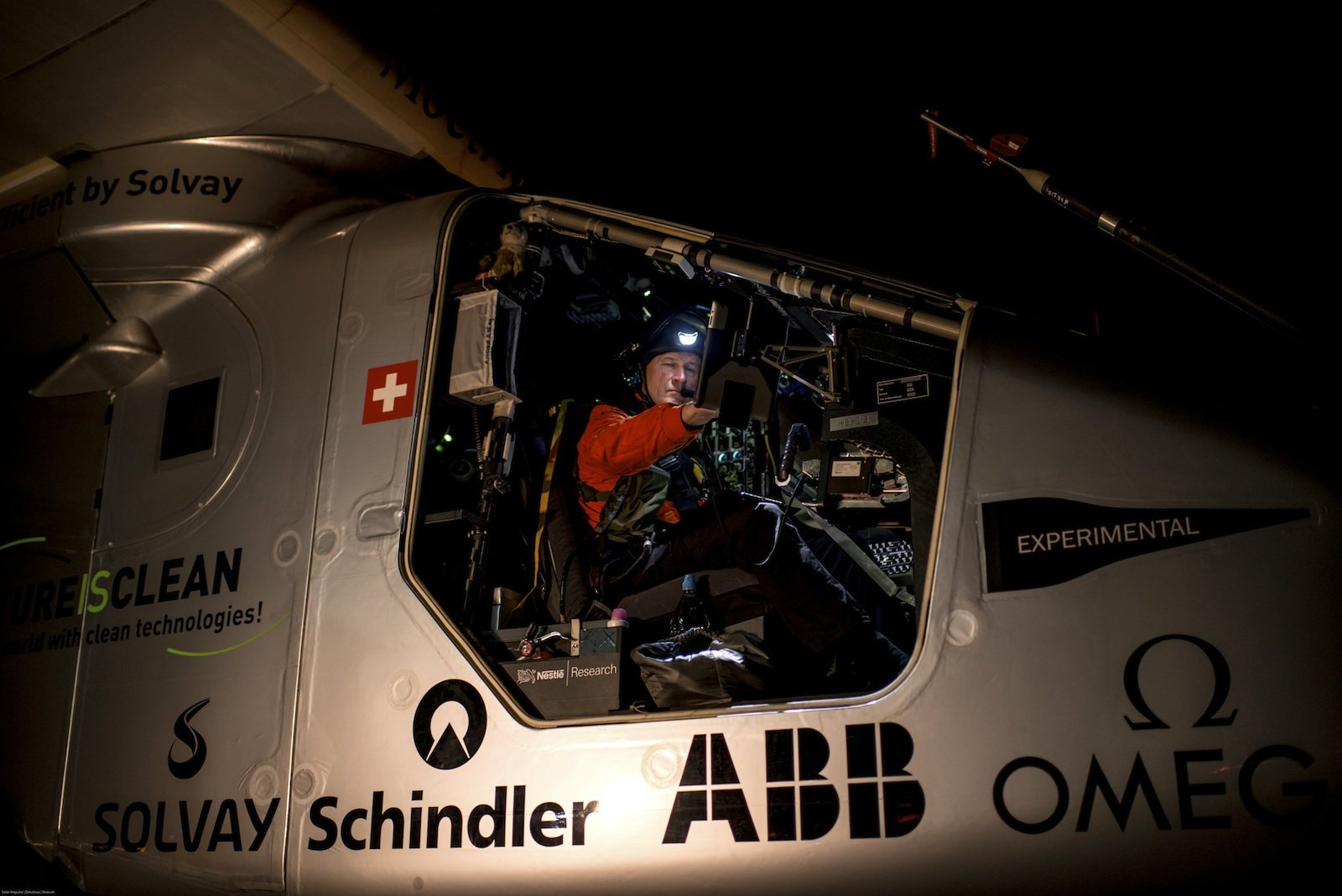 Pilot André Borschberg kurz vor dem Start in Lehigh Valley.