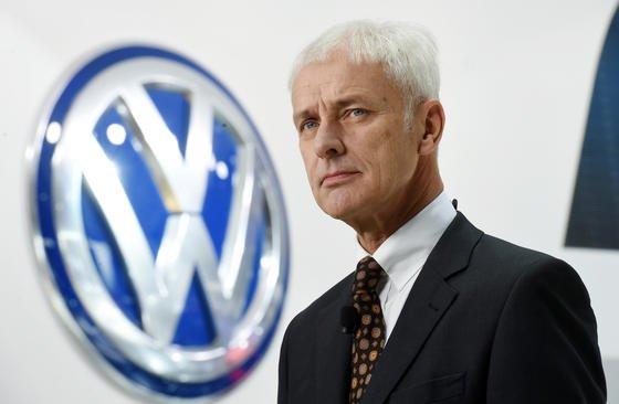 VW-Chef Matthias Müller hat heute in Wolfsburg die Strategie 2025 vorgestellt. Bis2025 sollen batteriebetriebene Fahrzeuge des Konzerns 20 bis 25 % des Gesamtabsatzes ausmachen.