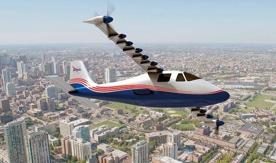 X-57 der Nasa: Das Elektroflugzeug fliegt mit 14 Elektropropellern. Sie sorgen für hohe Flugstabilität, sodass die Maschine mit schmalen Flügeln auskommt. (Bildquelle: NASA Langley/Advanced Concepts Lab, AMA, Inc.)
