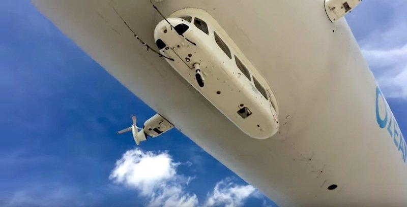 An Bord des Zeppelins befinden sich Infrarot- und Hyperspektralkameras einschließlich eines sogenannten Trägheitsnavigationssystems (INS) mit GPS. Das INS ist ein Messsystem, das permanent die Position und die dreidimensionale Bewegung des Zeppelins bestimmt.