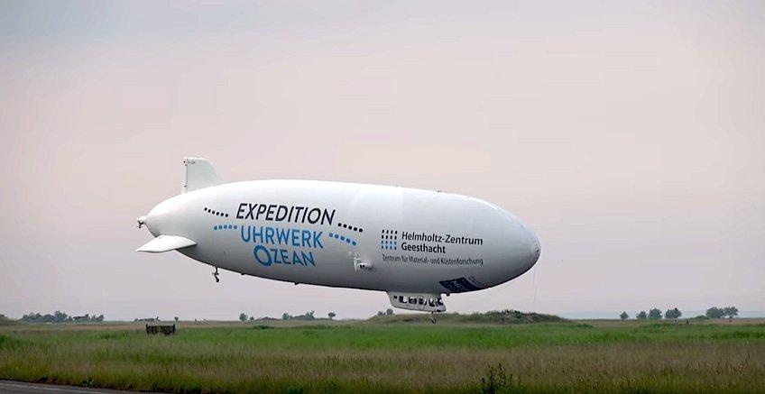Im Zentrum einer 12-tägigen Expedition über der Ostsee steht ein 75 m langer, mit Spezialkameras bestückter Zeppelin. Er soll Meereswirbel aufspüren und kann anders als die bislang eingesetzten Forschungsflugzeuge direkt über den Wirbeln verharren und sie beobachten.