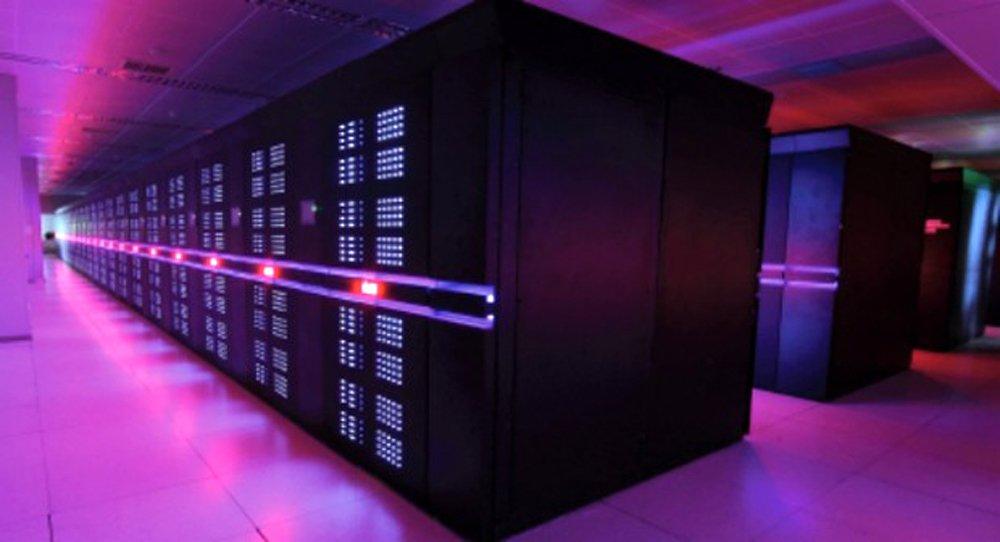 Der Supercomputer Tianhe-2 (MilkyWay-2) im chinesischen National Super Computer Center in Guangzhou war bisher der schnellste Computer derWelt. Jetzt wurde er vom chinesischen Sunway TaihuLight, ebenfalls aus China, abgelöst.