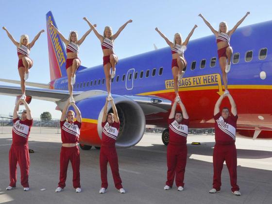 Cheerleader der amerikanischen Billigfluggesellschaft Southwest: Billigflieger haben im vergangenen Jahr 1,1 Milliarden Passagiere befördert.
