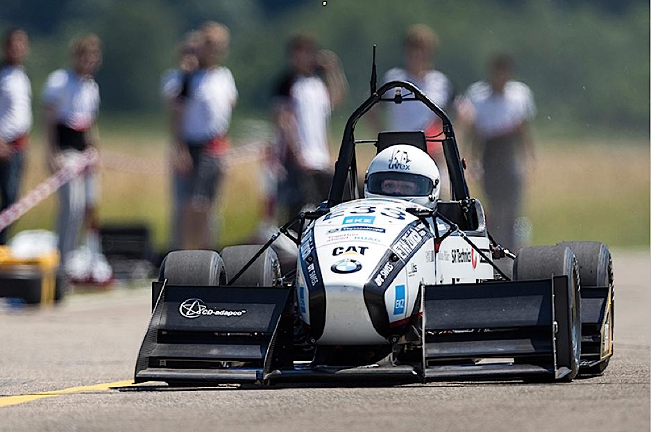 Weltrekordfahrt mit dem Rennauto Grimsel: Zuvor hatten den Beschleunigungsrekord angehende Ingenieure aus Stuttgart inne.
