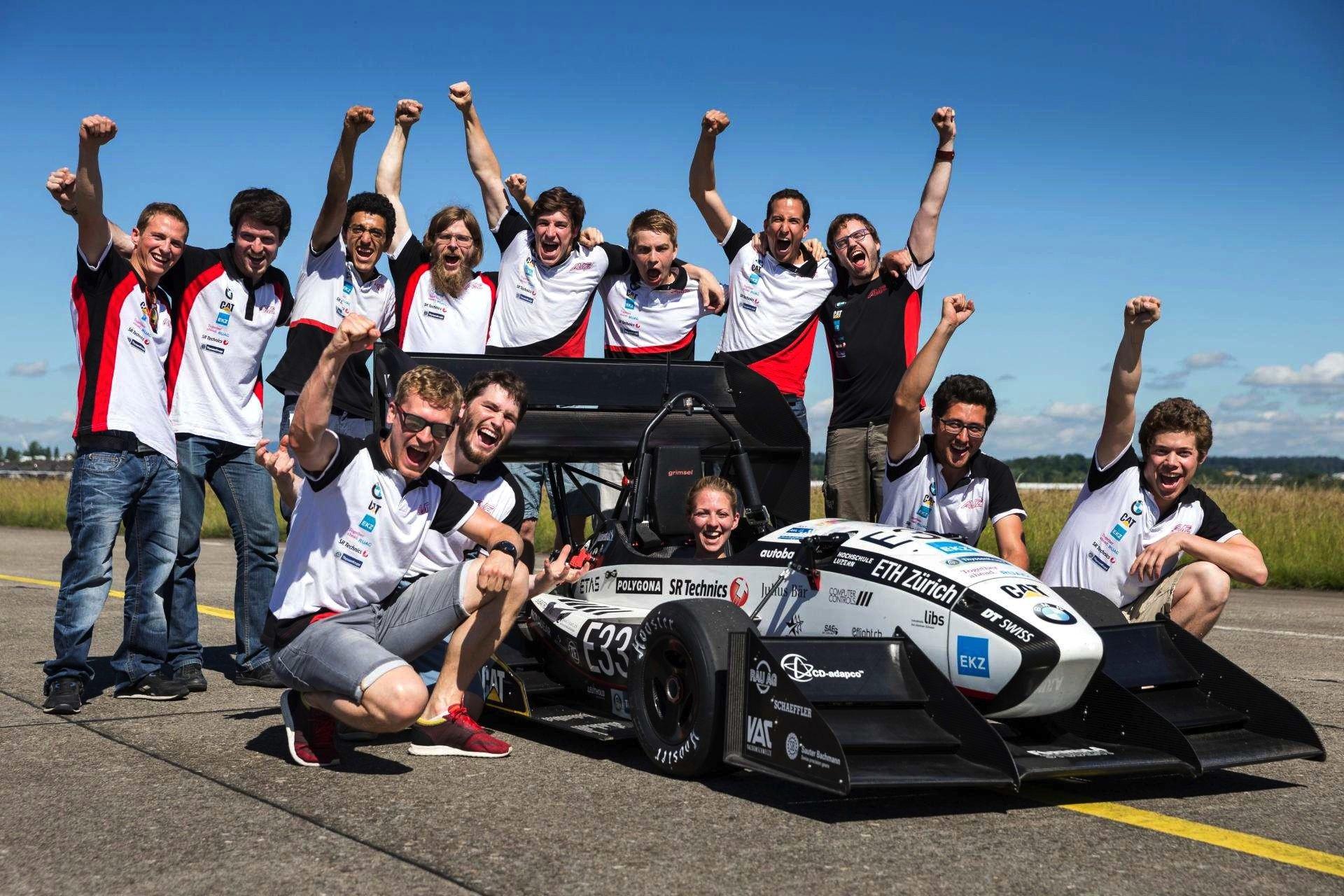Angehende Ingenieure der ETH Zürich, der Hochschule Luzern und des Akademischen Motorsportvereins Zürich haben den neuen Beschleunigungsrekord aufgestellt.