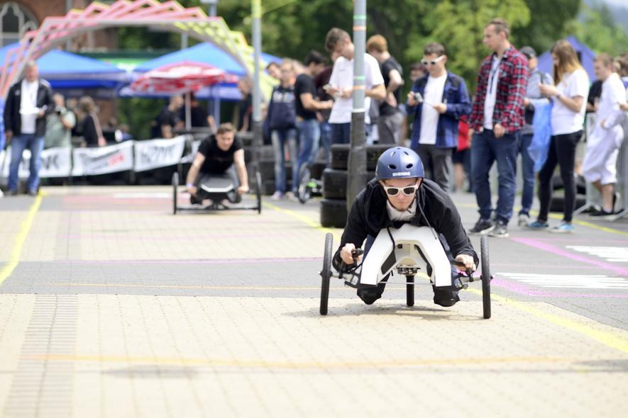 Das verrückteste Rennen des Jahres: Akkuschrauber als Antrieb