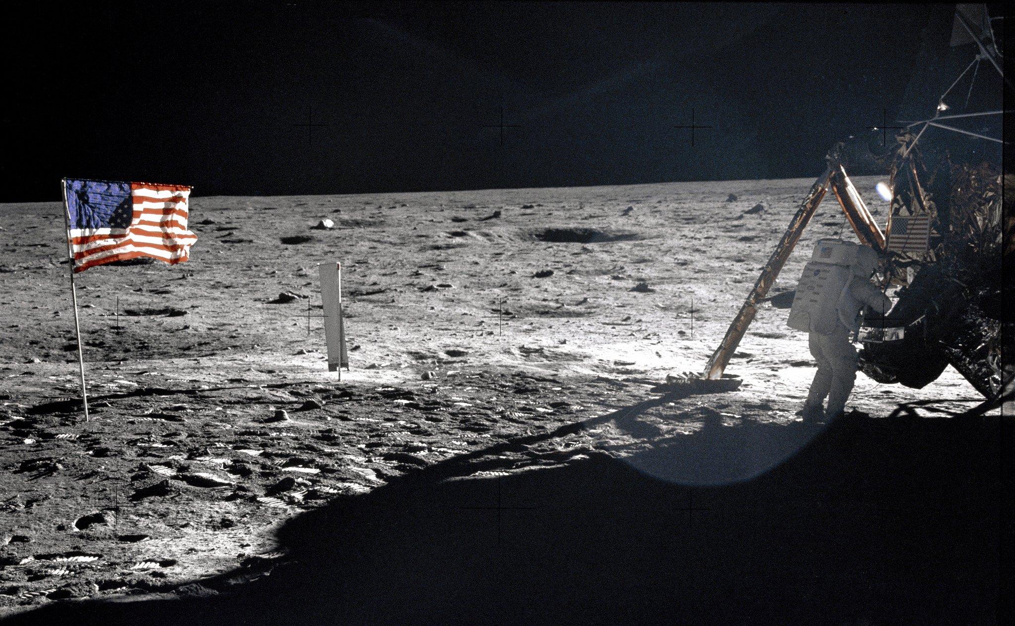 US-Astronaut Neil A. Armstrong am 20. Juli 1969 auf dem Mond, aufgenommen von seinem Kollegen Edwin E. Aldrin jr. Jetzt will die ESA das Interesse der Raumfahrt wieder stärker auf den Mond lenken, der sei kaum erforscht, so ESA-ManagerDave Parker.