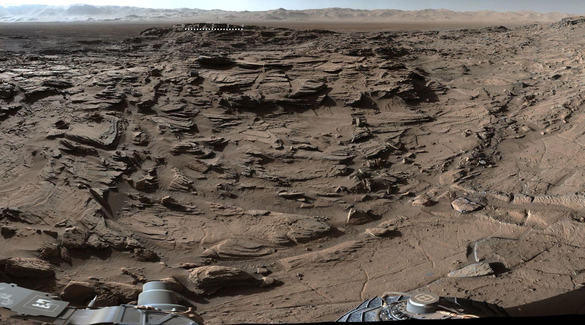 Atemberaubende Aufnahme: Curiosity hat am 4. April 2016 dieses Bild des Naukluft Plateaus auf dem Mars aufgenommen.