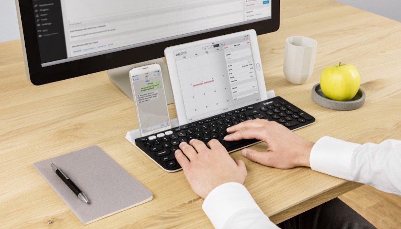 Die Tastatur als Kommandozentrale: Mit der K780 lassen sich bis zu drei Geräte gleichzeitig steuern. Kostenpunkt: rund 100 €.
