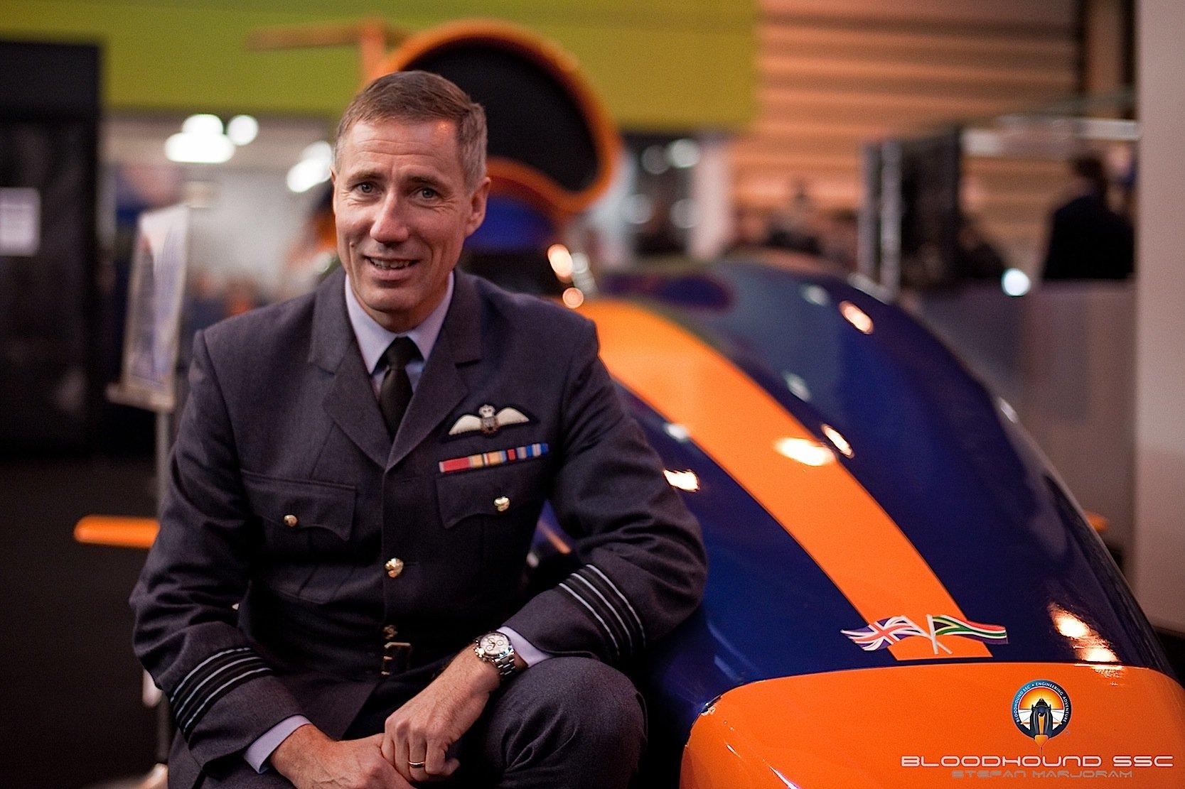 Der britische Pilot Andy Green wird das Raketenauto Bloodhound SSC steuern.
