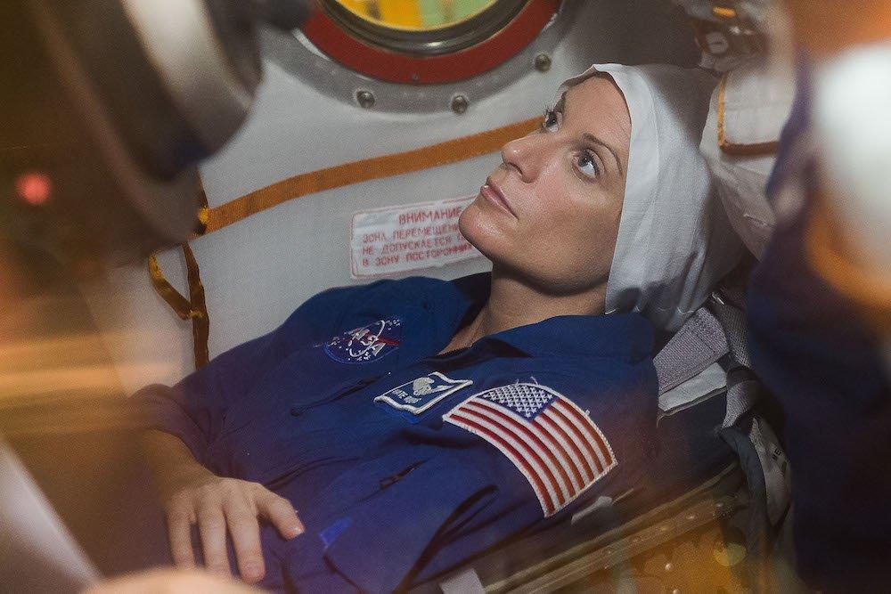 Astronautin Kate Rubins: Die Amerikanerin wird erstmals direkt auf der ISS und damit in der Schwerelosigkeit DNA-Proben entschlüsseln.