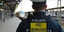Bahn zieht Notbremse: Sicherheitskräfte testen Körperkameras
