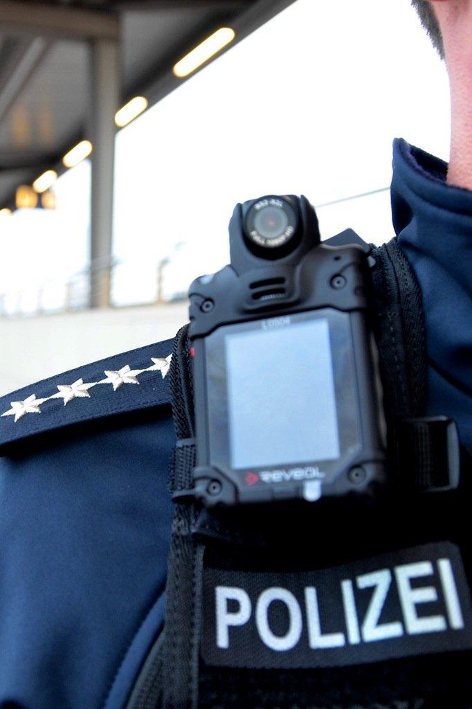 Die Bundespolizei benutzt Bodycams von Reveal.
