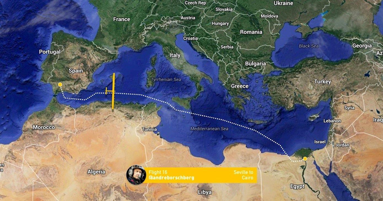 Die Solar Impulse 2 flog auf der 16. Etappe 3.745 km von Sevilla aus entlang der nordafrikanischen Küste, vorbei an Tunis, südlich von Sizilien, vorbei an Kreta bis Kairo.