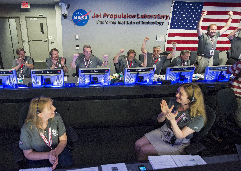 Der Jubel bei der Nasa war groß, als vor zehn Tagen die Raumsonde Juno als Teil ihrer spektakulären Mission in die Umlaufbahn von Jupiter einschwenkte.