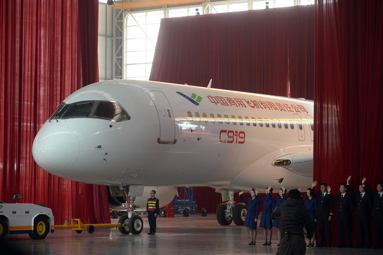 Vorhang auf, Applaus: Das staatliche Unternehmen Comac hat es geschafft und mit dem C919das erste chinesische Mittelstreckenflugzeug gebaut.