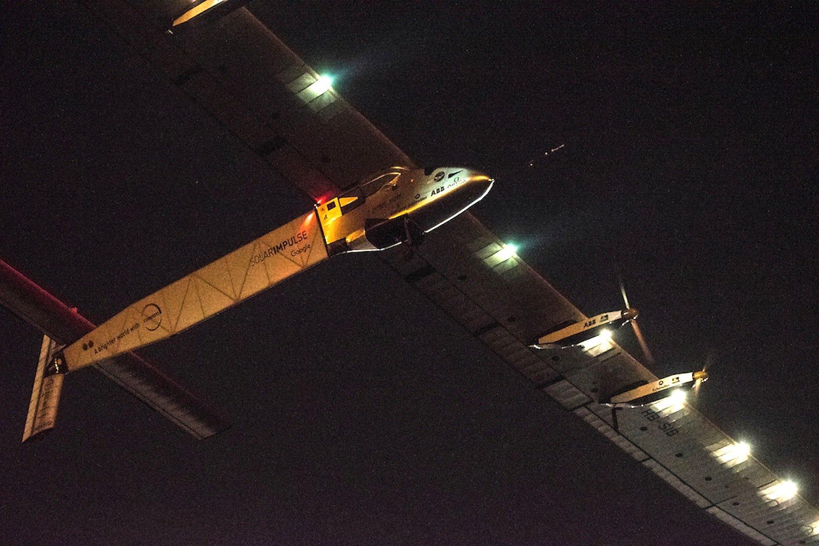 Start geglückt: Die Solar Impulse 2 in der Luft.