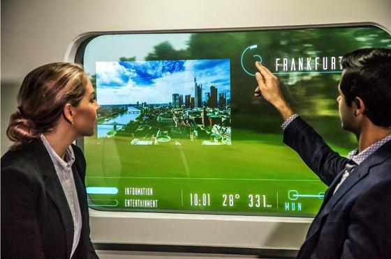 """Zugfenster als Display: Die Bahn will schon im nächsten Jahr den ersten """"Innovation Train"""" auf die Schiene bringen mit neuen IT-Features aus dem Hyperloop von Elon Musk."""