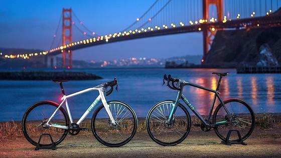 Das Volata Bike ist ein Hightech-Fahrrad: Es verfügt über ein elektronisches Getriebe, einen GPS-Diebstahschutz und einen besonders leistungsfähigen Bordcomputer inklusive Navi.