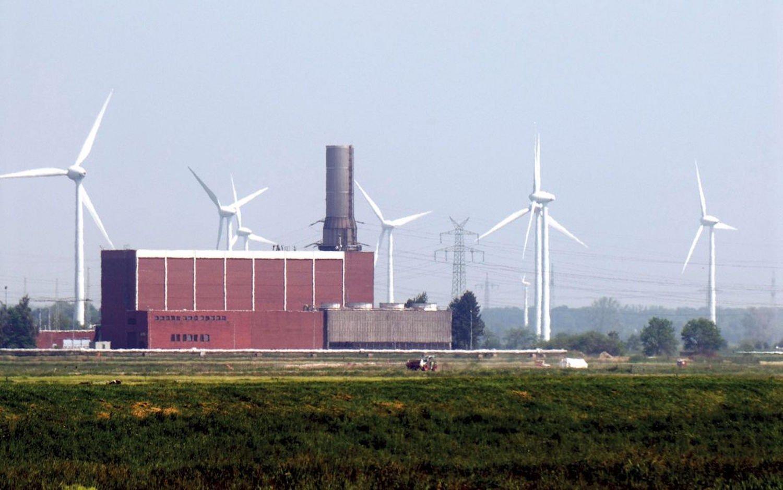 Das Druckluftspeicherkraftwerk in Huntorf ging bereits 1978 in Betrieb. Die beiden Salzkavernen befinden sich in einer Tiefe zwischen 650 und 800 m.
