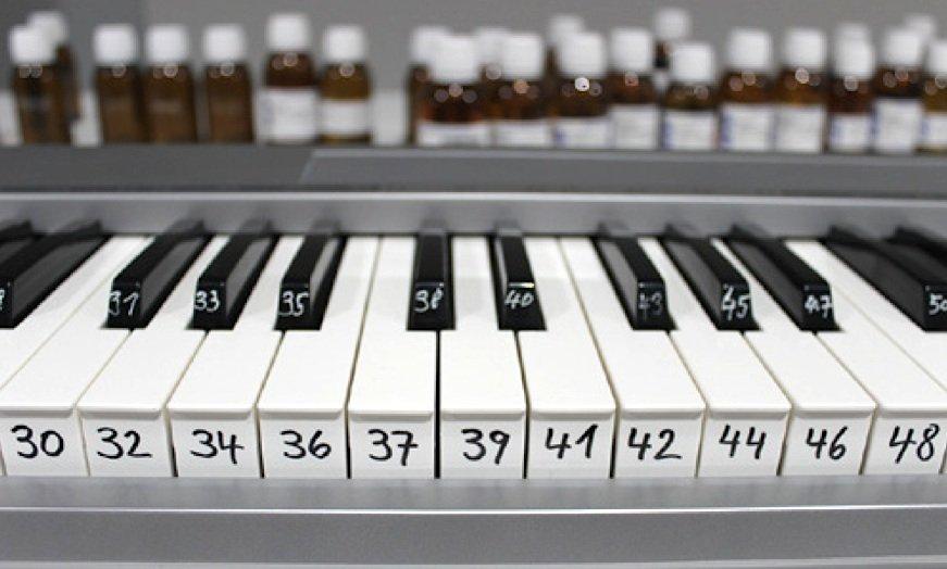 Klaviatur der Düfte: Mit einer Keyboard-Tastatur werden die Duftkompositionen gesteuert.
