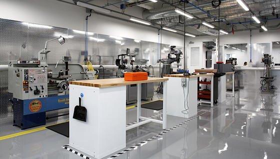 Eher Werkstatt als Labor: Die neue Area 404 in der Facebook-Zentrale.