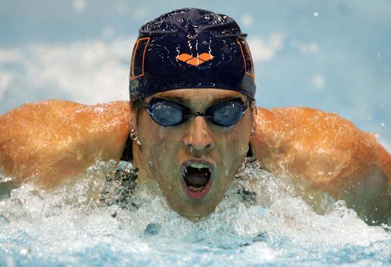 Wie werden Schwimmer noch erfolgreicher? Indem sie Strömungen beim Schwimmen als Töne wahrnehmen, sind Forscher aus Bielefeld überzeugt.