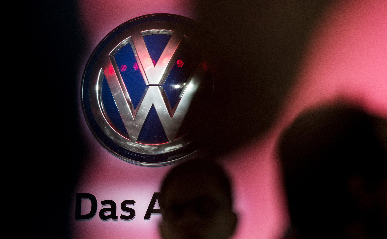VW hat eine Vereinbarung mit den Forschern geschlossen: Die Wissenschaftler veröffentlichen ihre mathematisch-wissenschaftlichen Erkenntnisse, nicht aber Inhalte, die Kriminellen in die Karten spielen würden.