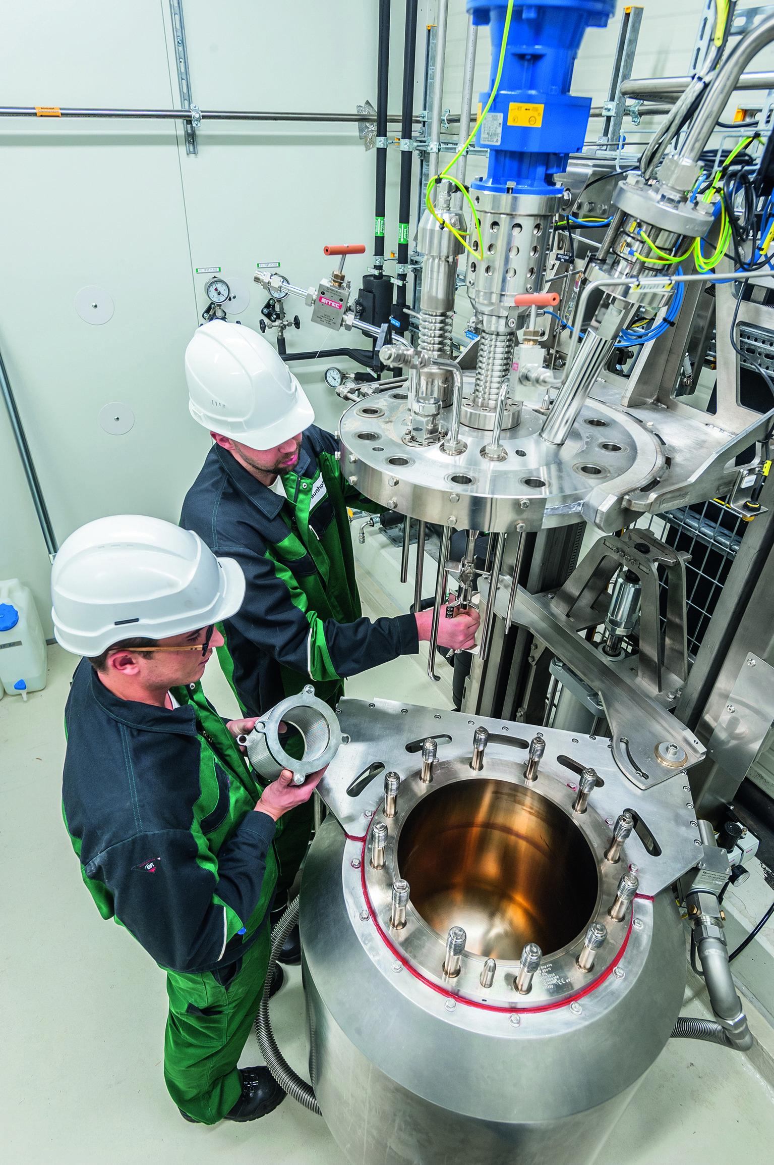 Hochdruckrührkesselreaktor: In Leuna geht jetzteine Pilotanlage in Betrieb, dieaus nachwachsenden Rohstoffen Isobuten herstellt.