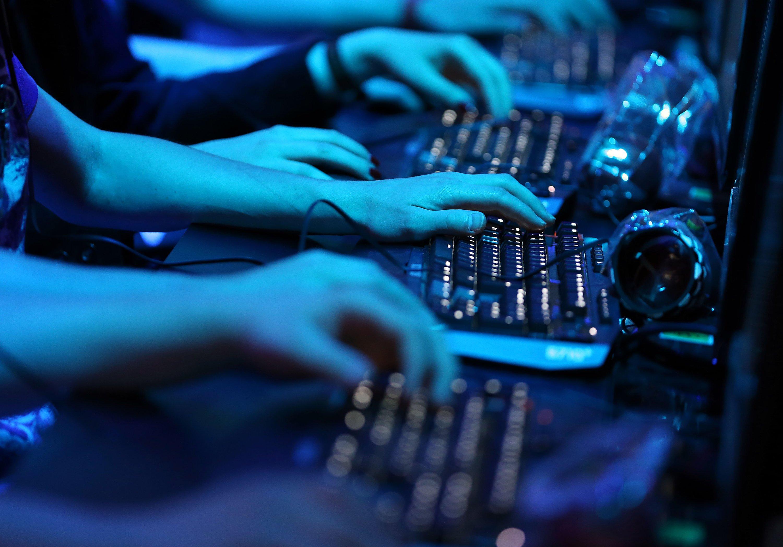 Computer-Spieler: Die Chancen auf der Gamescom selber spielen zu können sind gering, der Besucherandrang riesig.