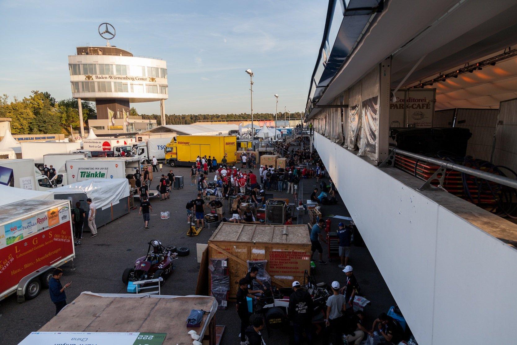 Im Fahrerlager auf dem Hockenheimring ging es nicht viel anders zu als bei