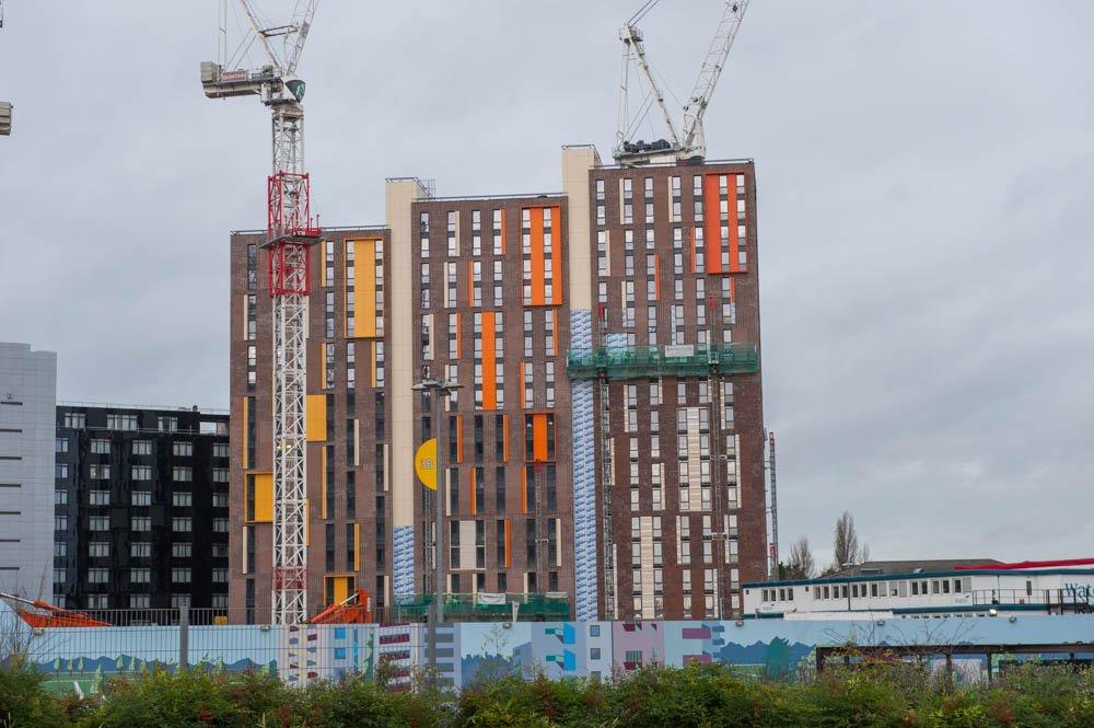 In London gibt es bereits eine ganze Reihe von größeren Gebäudekomplexen, die aus Modulen gefertigt wurden. Im Bild das Dexion House im Stadtteil Wembley.