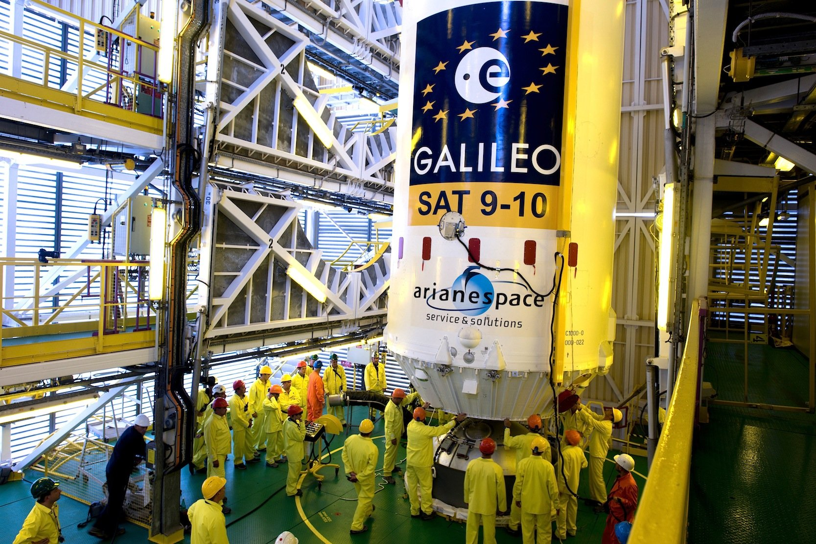 Galileo-Satelliten der ESA: Die Europäische Raumfahrtbehörde will die Ultrakondensatoren von Skeleton ab 2018 in Satelliten einsetzen.