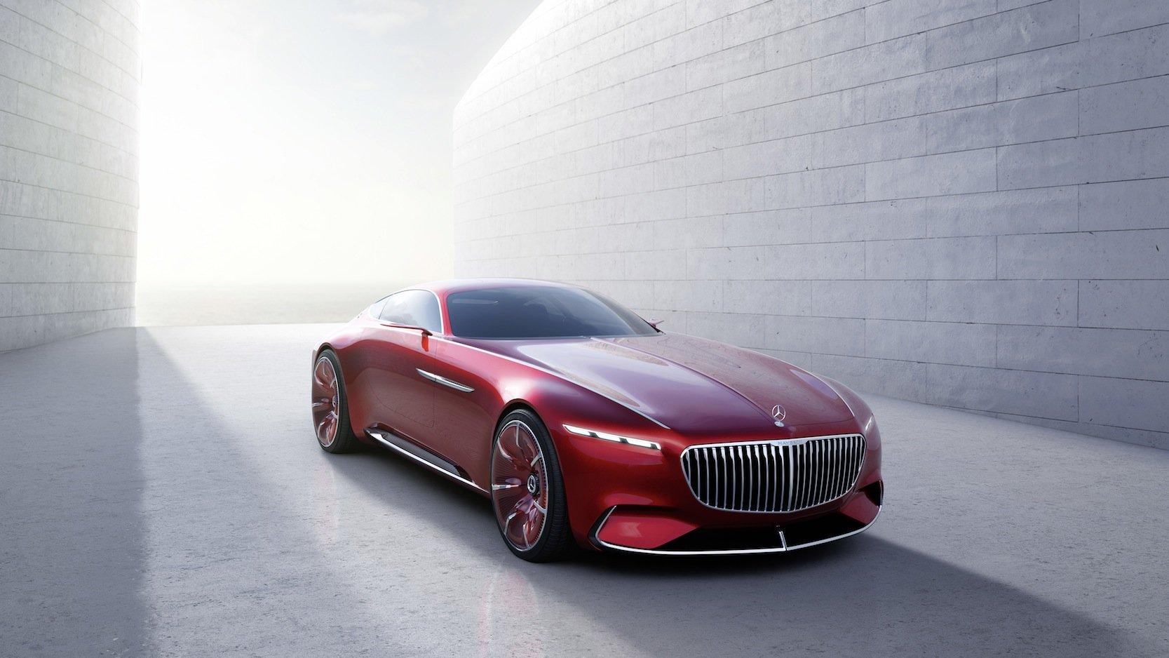 Der pure Luxus auf vier Rädern ist rot, 5,70 m lang und hat 750 PS.