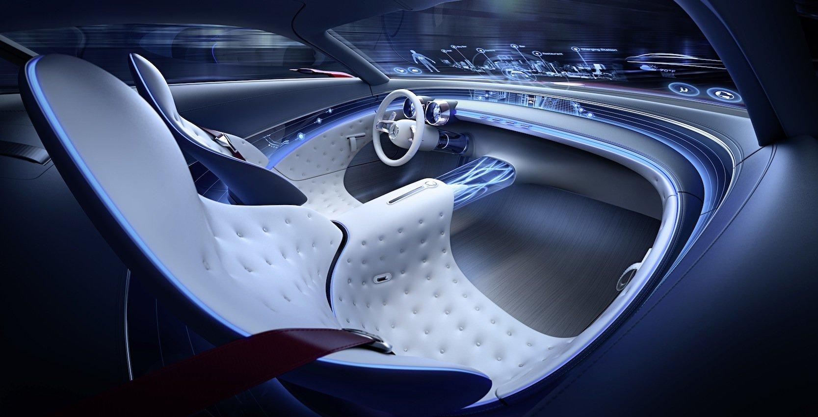 Cockpit des Mercedes-Maybach 6:Die Frontscheibe dient als transparentes Display, das fahrrelevante Daten und Informationen zur Umgebung anzeigt.